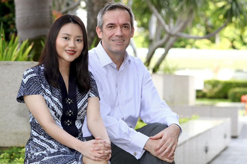 Dr Anissa Widjaja, a senior research fellow at Duke-NUS' Cardiovascular and Metabolic Disorders Programme and first author of the study, with Professor Stuart Cook, the programme's director.