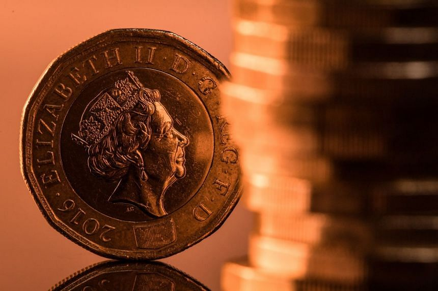 The pound headed for the longest losing streak against the euro since the turn of the century as rising British political risks fanned concern about the nation's ability to achieve an orderly Brexit.