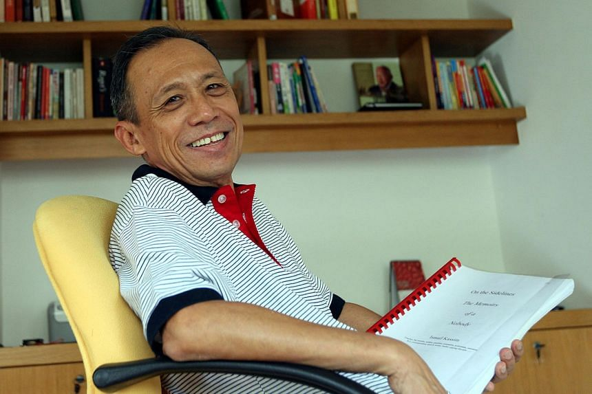 Veteran journalist Ismail Kassim was known for his reporting on the political scene in Malaysia and Indonesia as well as the author of several books.