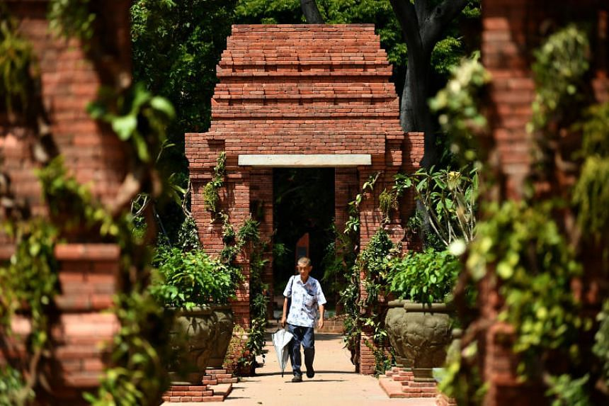 The Sang Nila Utama Garden at Fort Canning Park, named for the Palembang prince, is a re-creation of South-east Asian gardens of the 14th century.