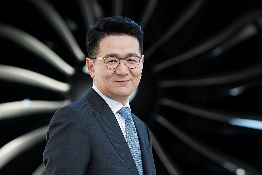 Mr Walter Cho's grip on the empire could become tenuous if his siblings seek to claim a greater role in the conglomerate.