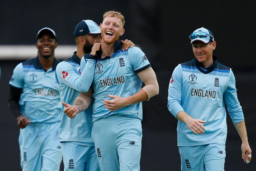 England's Ben Stokes (centre) celebrates taking the last wicket of South Africa's Imran Tahir at The Oval in London, on May 30, 2019.