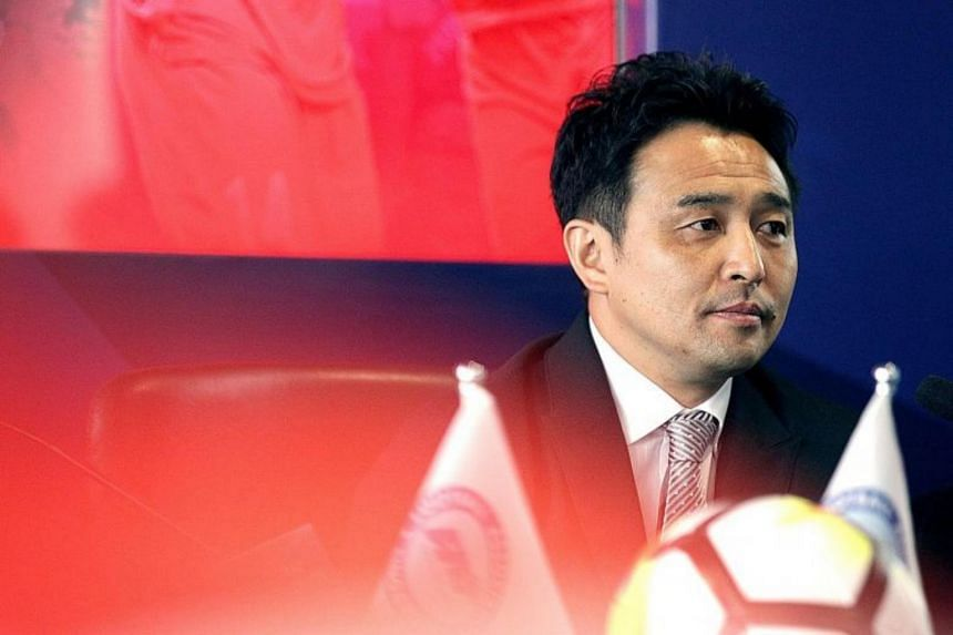 Tatsuma Yoshida, who was unveiled as the Singapore national coach yesterday, has vowed to work closely with his assistant Nazri Nasir and national Under-22 coach Fandi Ahmad.