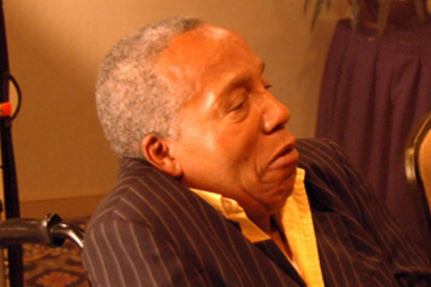 Former American drug kingpin Frank Lucas died at the age of 88.