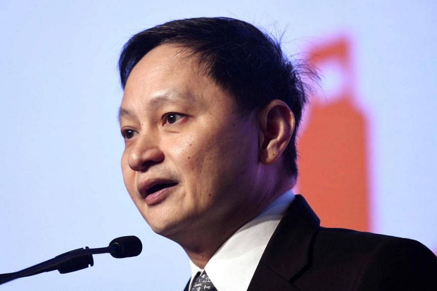 SIA chief executive Goh Choon Phong told ST that from about 50 per cent market share, low-cost carriers increased their presence in the region to 52 per cent in 2017 and to 55 per cent in 2018.