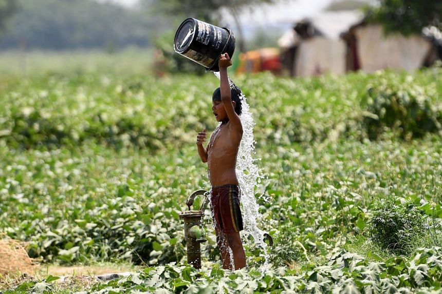 A red alert severe heat warning has been issued in the capital New Delhi as temperatures passed 46 deg C, and residents were advised not to go out during the hottest hours of the day.