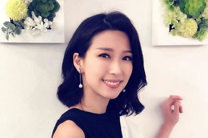 Netizens slammed Hong Kong actress Elaine Yiu for being the third party after an intimate photo of her with businessman Raymond Young was leaked.