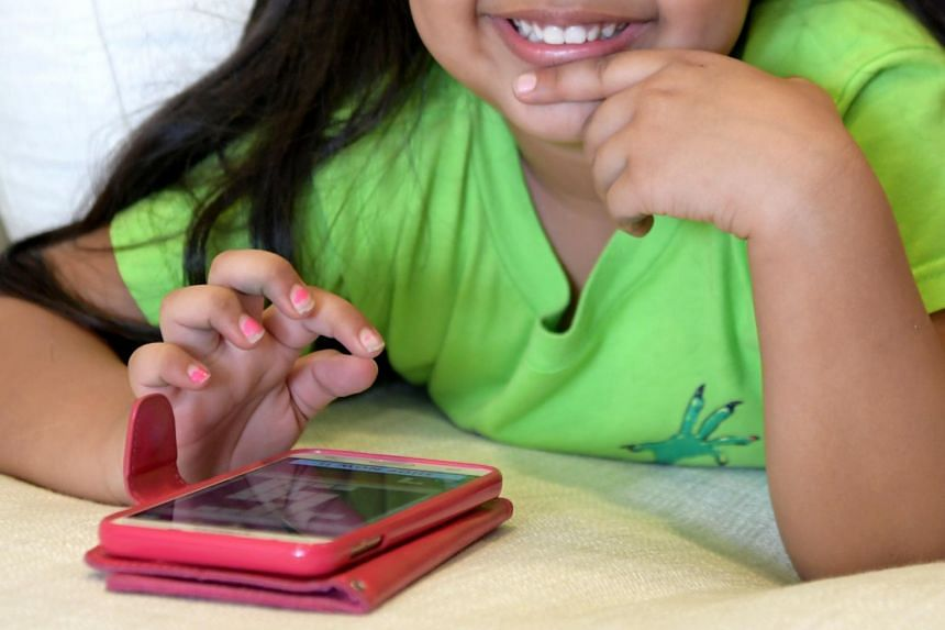 A recent study of 102 pre-schoolers in Singapore found that animated e-stories, those with motion and sound, can help improve their language proficiency.