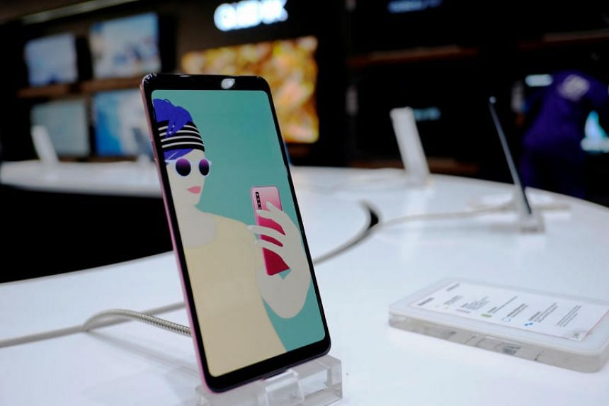 Competition from domestic rivals has squeezed Samsung's share of the world's biggest smartphone market to less than a paltry 1 per cent.