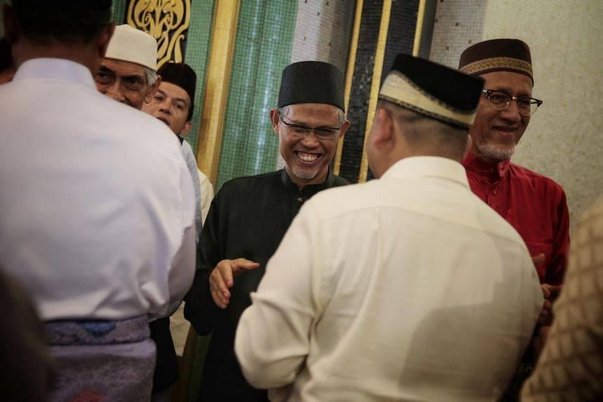 "Minister-in-charge of Muslim Affairs Masagos Zulkifli said Ramadan encourages empathy for the needy and added that he hopes this would ""translate into acts of charity and acts of spreading mercy to everybody."""