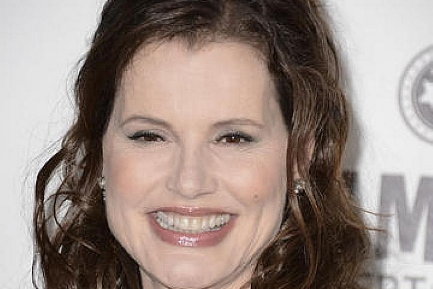 Actress Geena Davis is being honoured for fighting gender bias and stereotypes in entertainment over the decades.