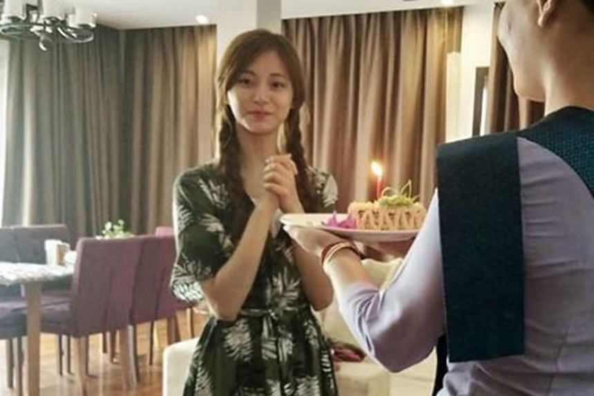 Tzuyu was mobbed by overzealous fans who gave her a birthday cake at the hotel she stayed in while on a private holiday in Cambodia with her family.