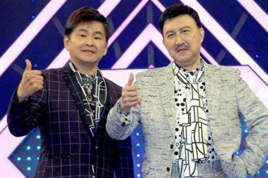 Ho I-hang (left) with veteran Taiwanese singer Yu Tien. The news of Ho's death has shocked many in the Taiwanese entertainment industry.