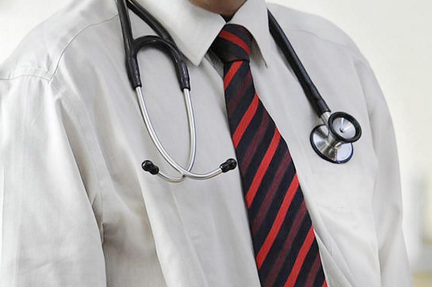 Posed photo of a medical practitioner.