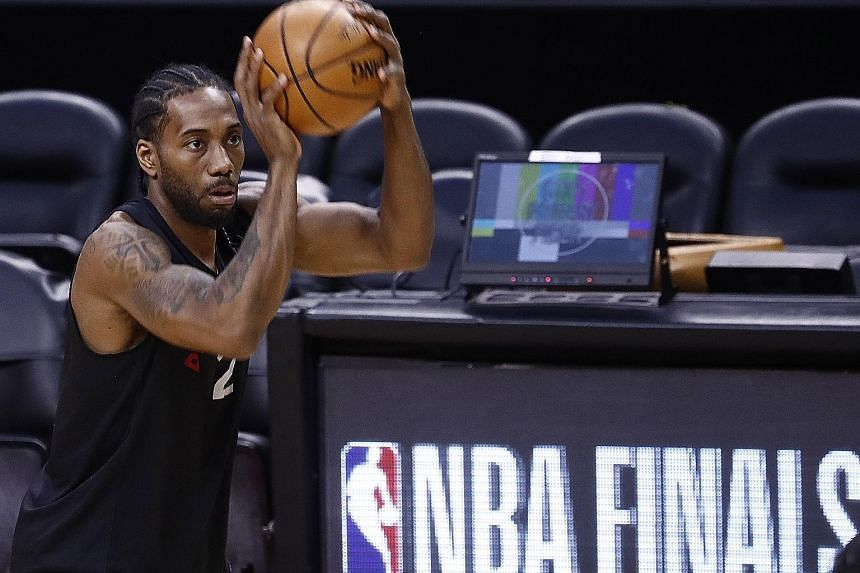 Toronto will be looking to Kawhi Leonard to help them beat the Golden State Warriors in Game 5 of the NBA Finals this morning (Singapore time). The Raptors lead the two-time defending champions 3-1 in the best-of-seven series. PHOTO: EPA-EFE