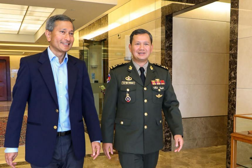 Foreign Minister Vivian Balakrishnan (left) meeting Royal Cambodian Armed Forces Deputy Commander-in-Chief and Commander of Army, Lieutenant-General Hun Manet.