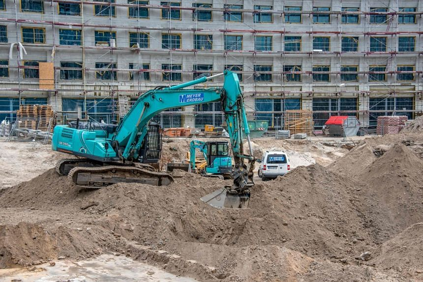 A general view of the construction site close to Berlin's Alexanderplatz where a 100kg World War II bomb was found.