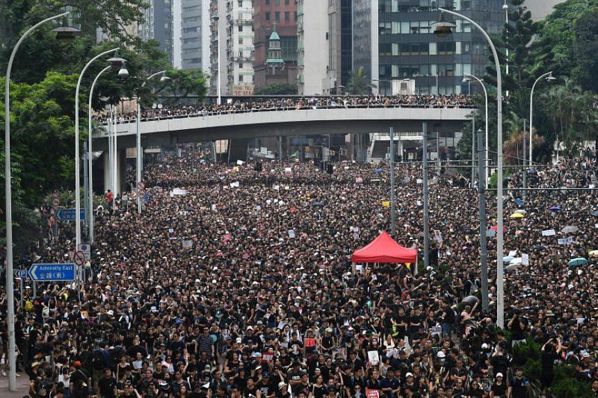 China stays mum as Hong Kong p...