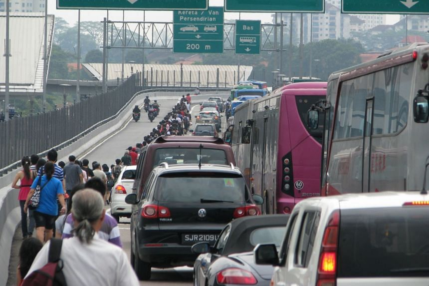 A spokesman said there was a need for such an infrastructure after the state government found out that many people risked their lives by crossing the Causeway on foot.