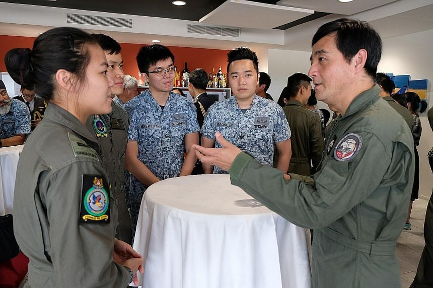 Senior Minister of State for Defence Heng Chee How meeting aircrew trainees from the Republic of Singapore Air Force at Cazaux Air Base, about 60km from the city of Bordeaux. The RSAF has conducted flying training in France since 1998. PHOTO: MINDEF