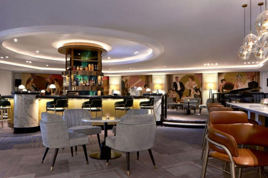 The brand new Bar Intermezzo in Orchard Hotel Singapore has a contemporary botanical-influenced design with jade green and gold accents.