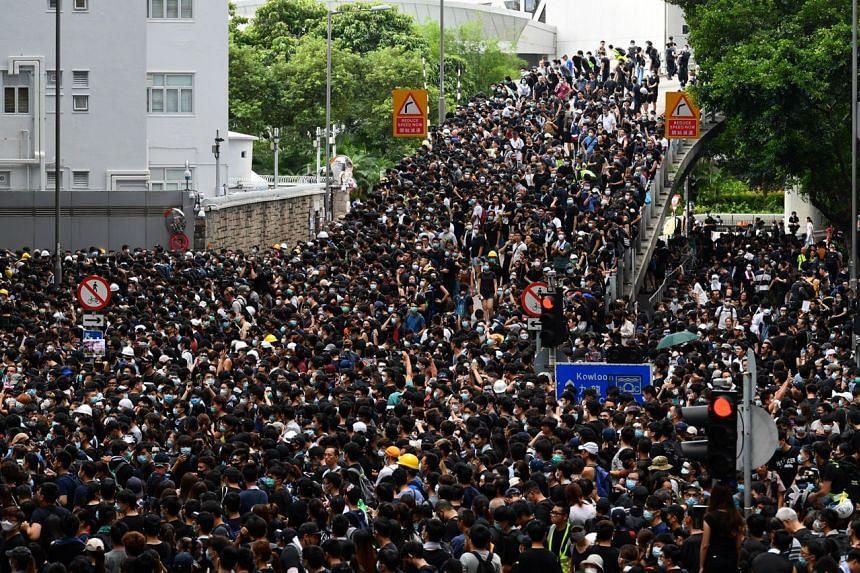 Hong Kong anti-extradition Bil...