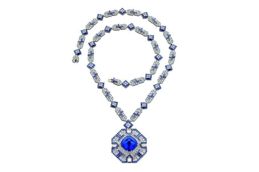 The famed sautoir gifted to Elizabeth Taylor by her then-husband Richard Burton will be one of the pieces on show at BVLGARI, the story, the dream.