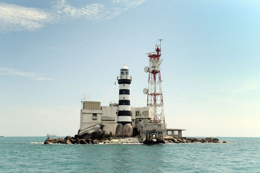 Malaysia still feels strongly about Pedra Branca, but it has accepted the ICJ's decision that the island belongs to Singapore, says Prime Minister Mahathir Mohamad.