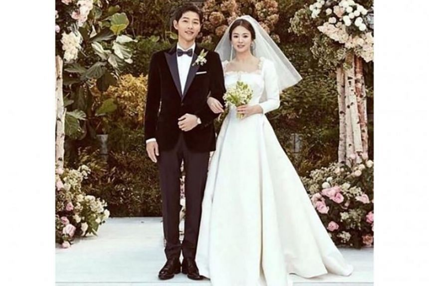 The couple married in an intimate outdoor ceremony at Yeong Bin Gwan, a Korean-style banquet annex to The Shilla hotel in Seoul.
