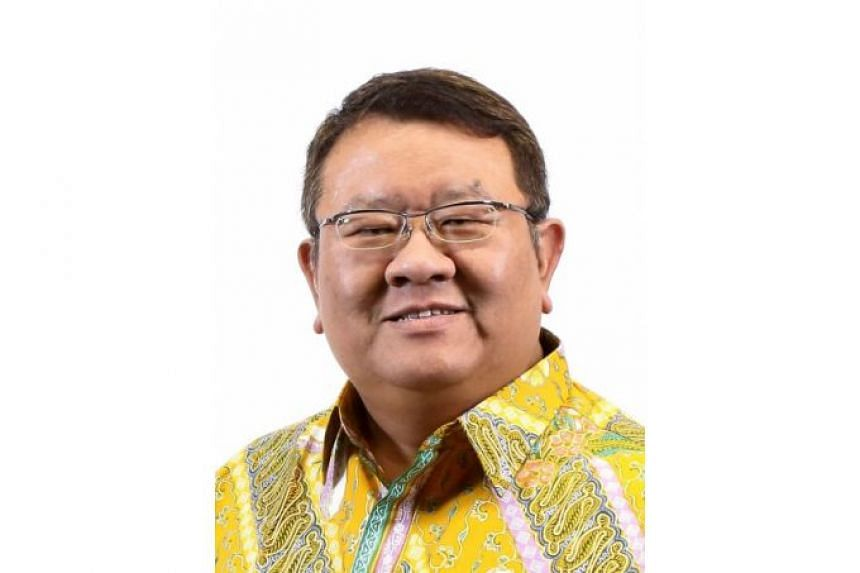 Fluent in Mandarin and Bahasa Indonesia, Azman Jaafar currently oversees the Indonesia practice.