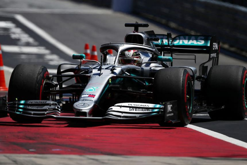 Five-time world champion Lewis Hamilton set a best time of 1min 04.838sec at the sunny Spielberg circuit, 0.144 quicker than Vettel.