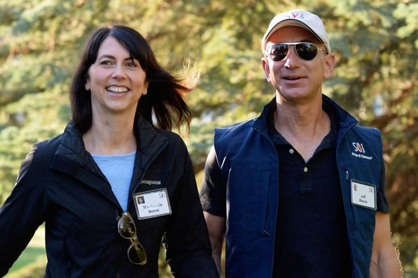 With the flick of a judge's pen, a US$38 billion (S$51.4 billion) stake in Amazon will pass to MacKenzie Bezos as part of her separation from company founder Jeff Bezos.