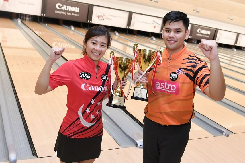 Singapore's Bernice Lim and Rafiq Ismail from Malaysia are respectively the women's and men's step-ladder final winners at the 51st Singapore International Open Bowling finals.