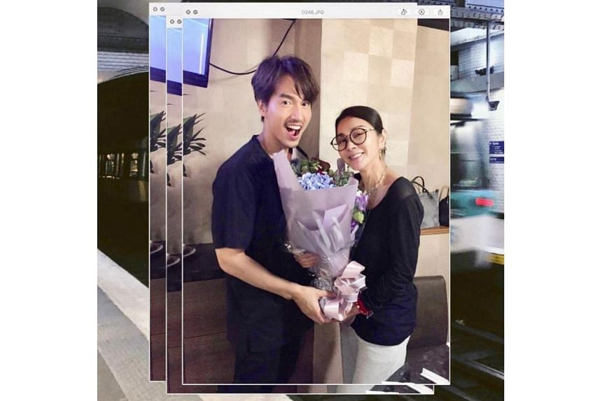 Taiwanese actor Jerry Yan seemed to be cheerful as he celebrated actress Chen Mei-fen's 63rd birthday.