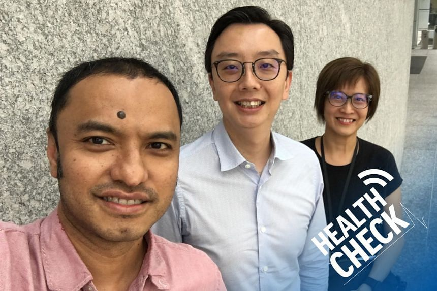 In this Health Check podcast on burnout and how to spot the red flags, correspondent Joyce Teo (right) and podcasting head Ernest Luis (left) host Dr Lim Boon Leng (centre), a psychiatrist at Gleneagles Medical Centre.