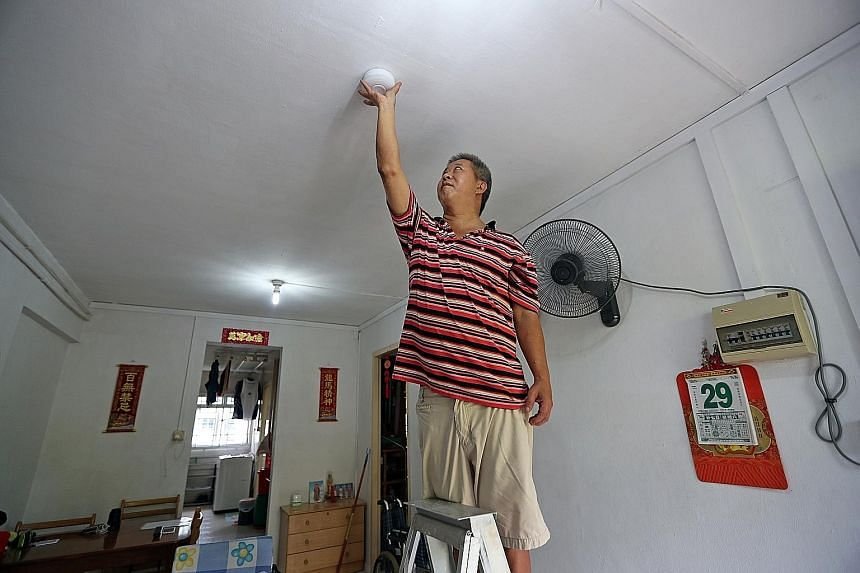 Mr Gilroy Chan, 56, had the smoke detector installed in his rental flat last week and has been trying to convince his neighbours to do the same.