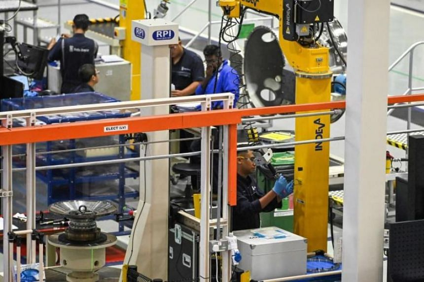 The decline in manufacturing activity was due to first-time contractions in new orders, factory output, inventory and employment level, said the Singapore Institute of Purchasing and Materials Management.