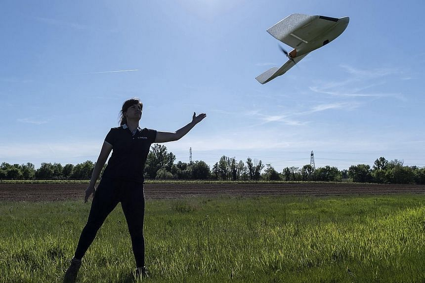 One approach to tackling the drone threat is to restrict their capabilities through geofencing. Drones commercially available to the public could be pre-programmed to avoid flying into sensitive or protected airspace. PHOTO: BLOOMBERG