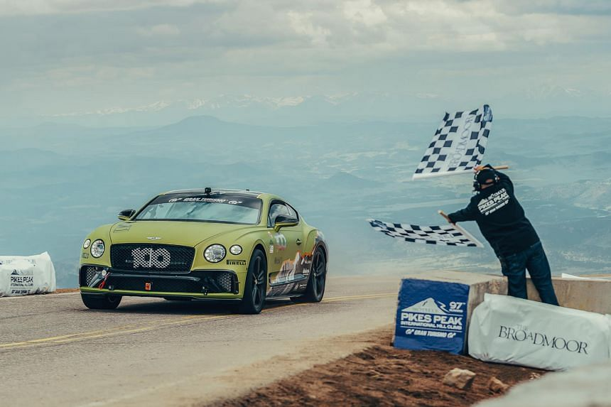 Bentley Continental GT W12 breaks record at Pikes Peak.
