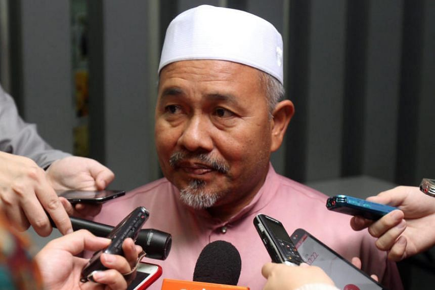 Parti Islam SeMalaysia (PAS) deputy president Tuan Ibrahim Tuan Man said on July 8 that PAS is sticking to its formal cooperation with former ruling party Umno, describing Umno as a core party for Malay-Muslim political parties in the country.