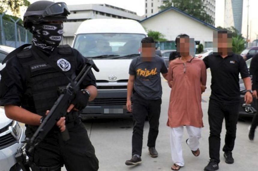 Malaysian police reported on July 9 that four foreigners were detained, including two ethnic Rohingya from Myanmar, on suspicion of being involved in militant groups.