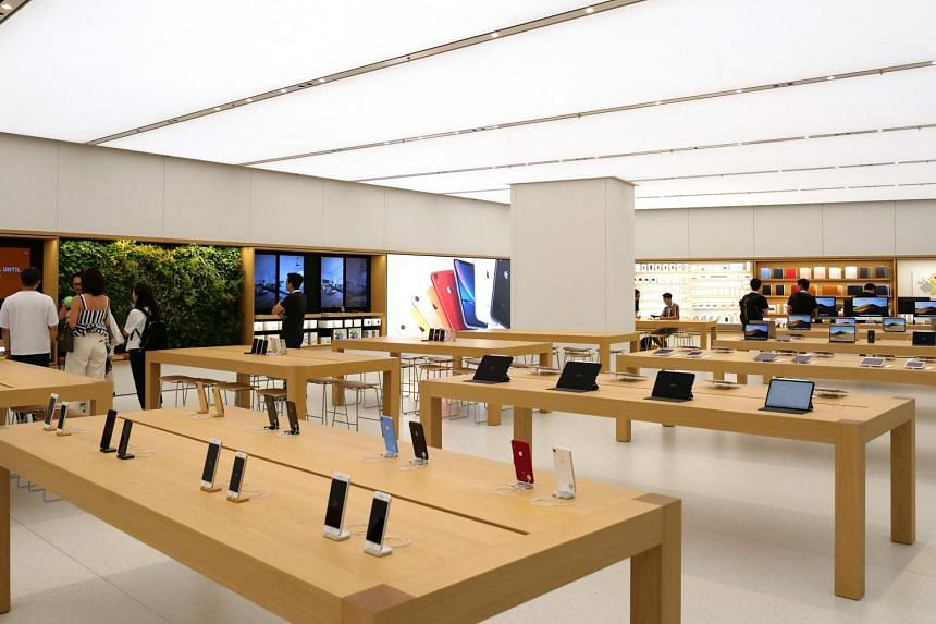 More than 200 products, from iPhones to MacBook Pros, will be available at the Apple Store in Jewel Changi Airport.