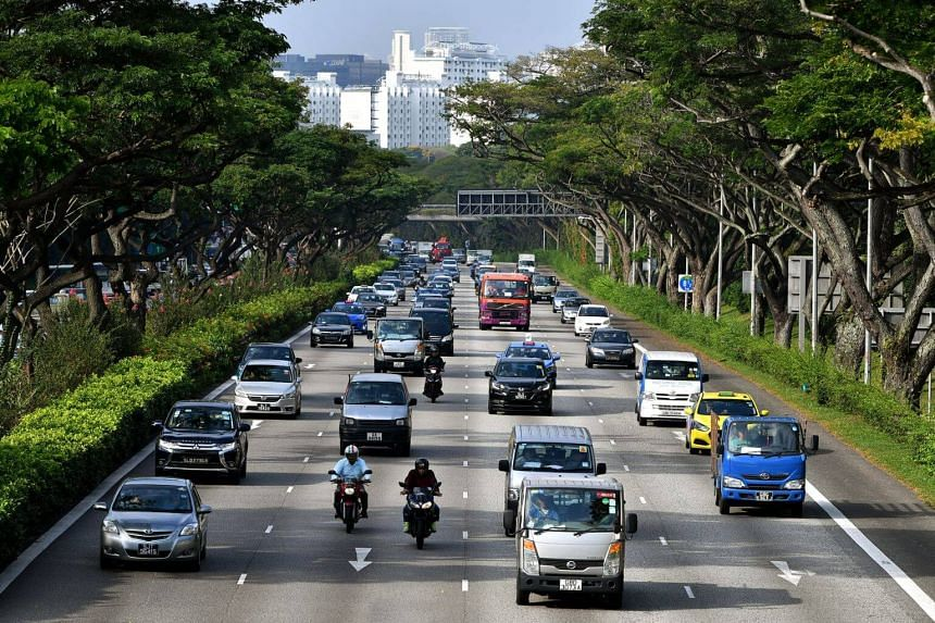 Cars and vehicles on the Pan-Island Expressway near Bedok Reservoir Road.