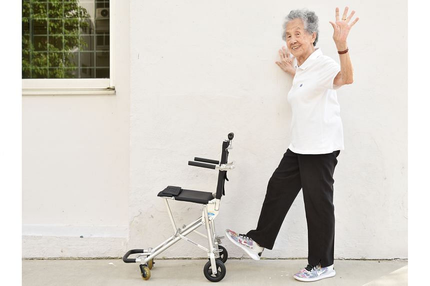 Madam Chong Kim Hai, 87, had back and leg pain caused by a narrowing of the joints in her spine, but after months of resistance training, she no longer needs a wheelchair to get around.