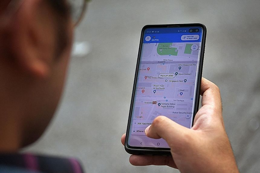 The Comfort app (left) was found to be a viable option, especially during peak periods, and street-hailing a taxi is quicker than calling to book one (right). Grab (left) is a great option for commuters in a hurry, while Gojek (right) offers the chea