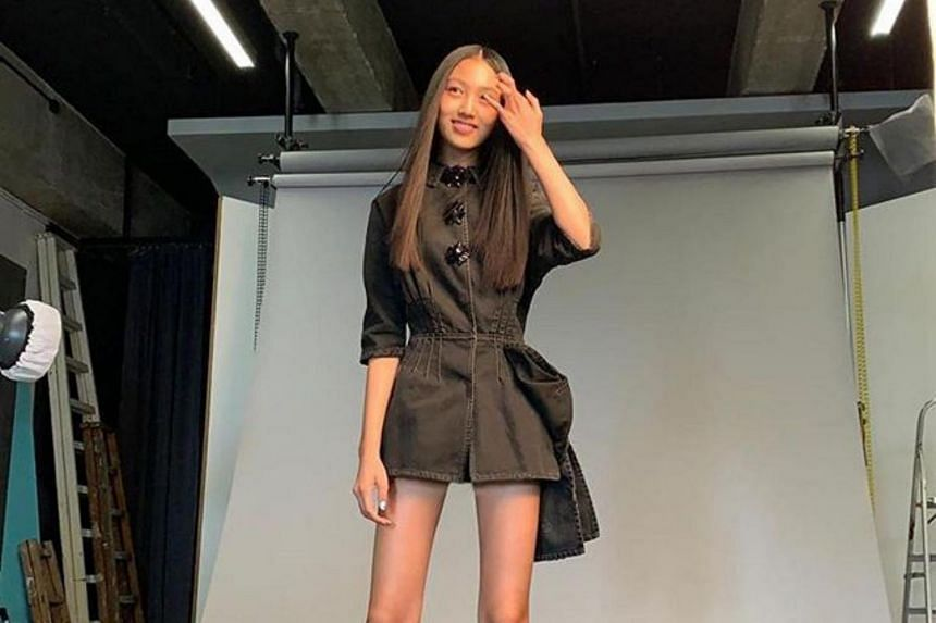 The only child of Hong Kong actor Simon Yam and his Chinese supermodel wife Qi Qi, 1.8m-tall Ella, 14, enchanted Chinese netizens with her photo shoots for Vogue Taiwan and Cosmopolitan Hong Kong.