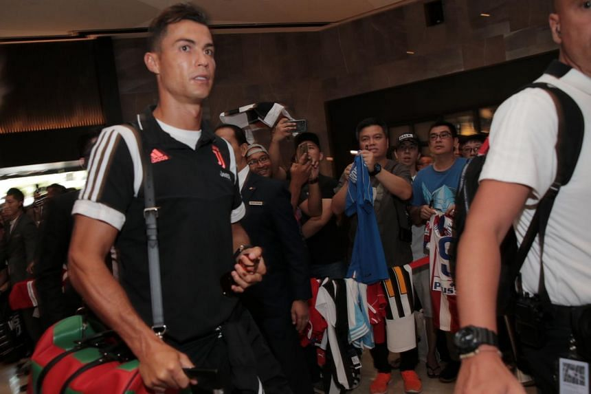best loved 29e2d 6b1e5 Football: Cristiano Ronaldo and Juventus touch down late but ...