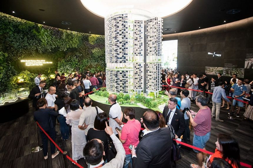 Potential homebuyers queueing up at the sales gallery at One Pearl Bank on July 20, 2019.