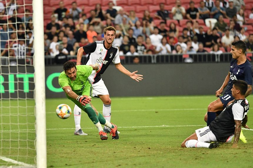 Tottenham Hotspur's Erik Lamela (right) scoring the first goal of the night during the International Champions Cup match against Juventus on July 21, 2019.