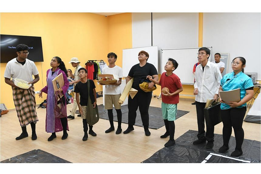 A full-dress rehearsal of The Block Party, a show performed by Beyond Social Services' The Community Theatre, a group of young people who mostly come from low-income households. The Block Party aims to shed light on the experience of growing up in a